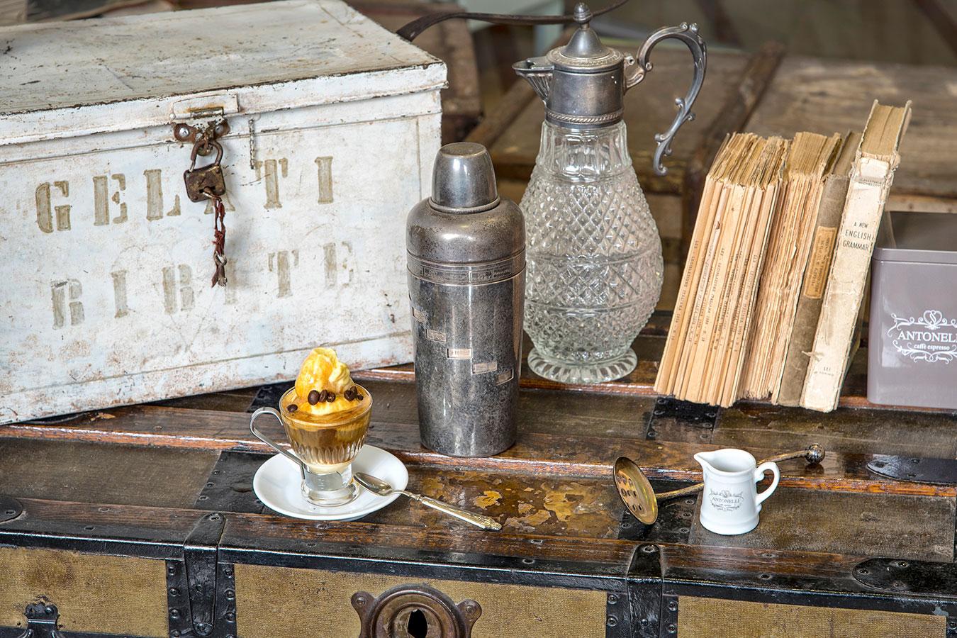 Caffè Antonelli con correzione